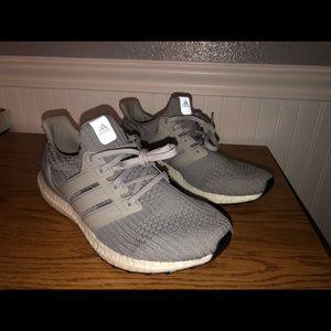 Grey Adidas Ultra Boost 4.0